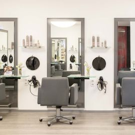 Creativ Hair Friseursalon Gnarrenburg Spiegel
